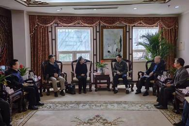 全国台联会长黄志贤会见北京华文学院领导一行